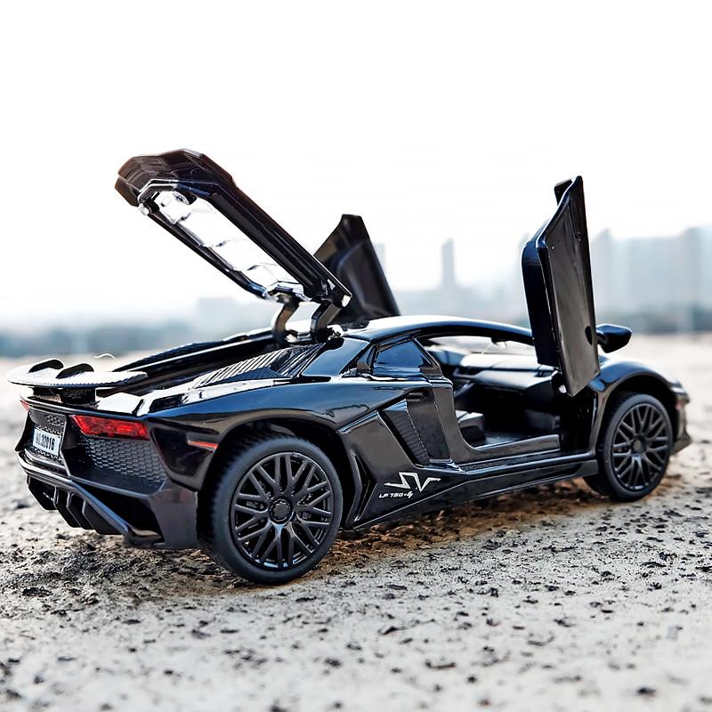 儿童合金玩具车金属跑车模型仿真兰博基尼超跑模型男孩回力车玩具