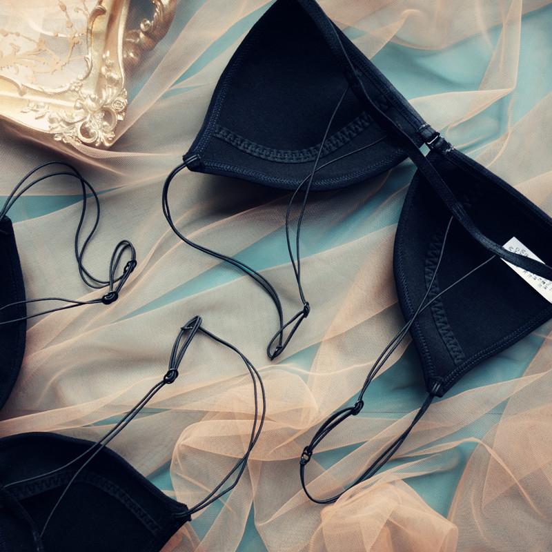 内衣女法式超薄无钢圈三角杯前扣性感细带小胸薄棉杯美背黑色文胸