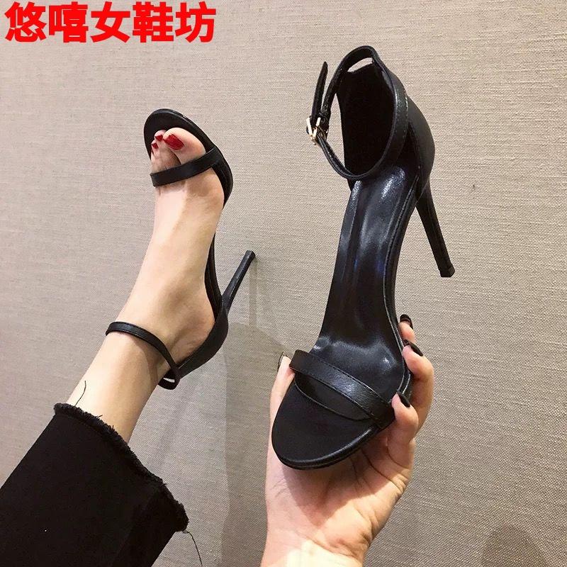 2019夏季新款一字扣带凉鞋女细跟露趾气质高跟鞋软皮女鞋小码