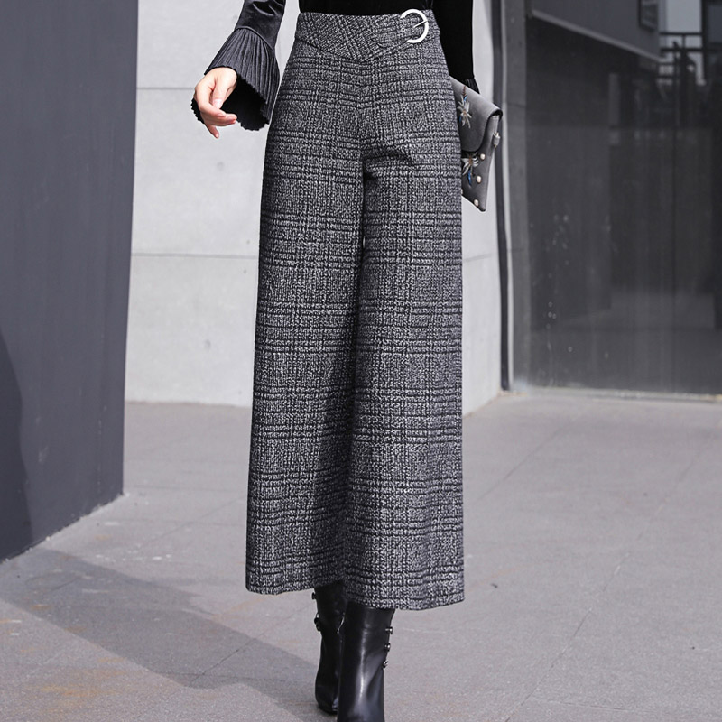 High waisted and thickened woolen cloth wide leg pants womens autumn and winter loose drape pants cashmere plaid skirt pants womens pants