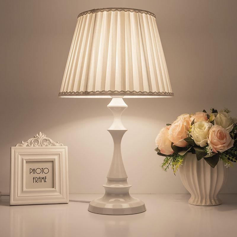 欧式台灯卧室床头简约现代婴儿家用创意浪漫节能调光暖光护眼夜灯