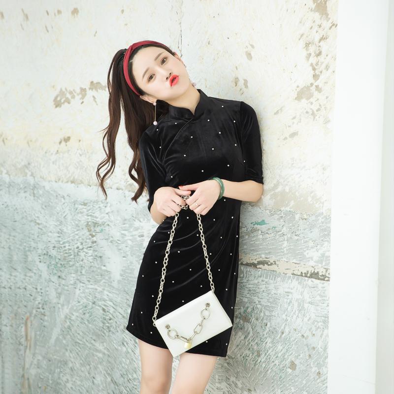 珍珠 改良旗袍秋冬季2018新款端庄大气少女年轻款丝绒短款连衣裙