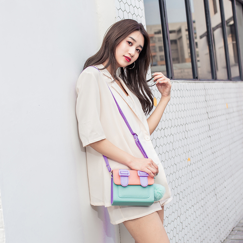 2020 fashion new Thai Cambridge Bag Mini color block one shoulder cross over womens Bag Mini versatile postman bag