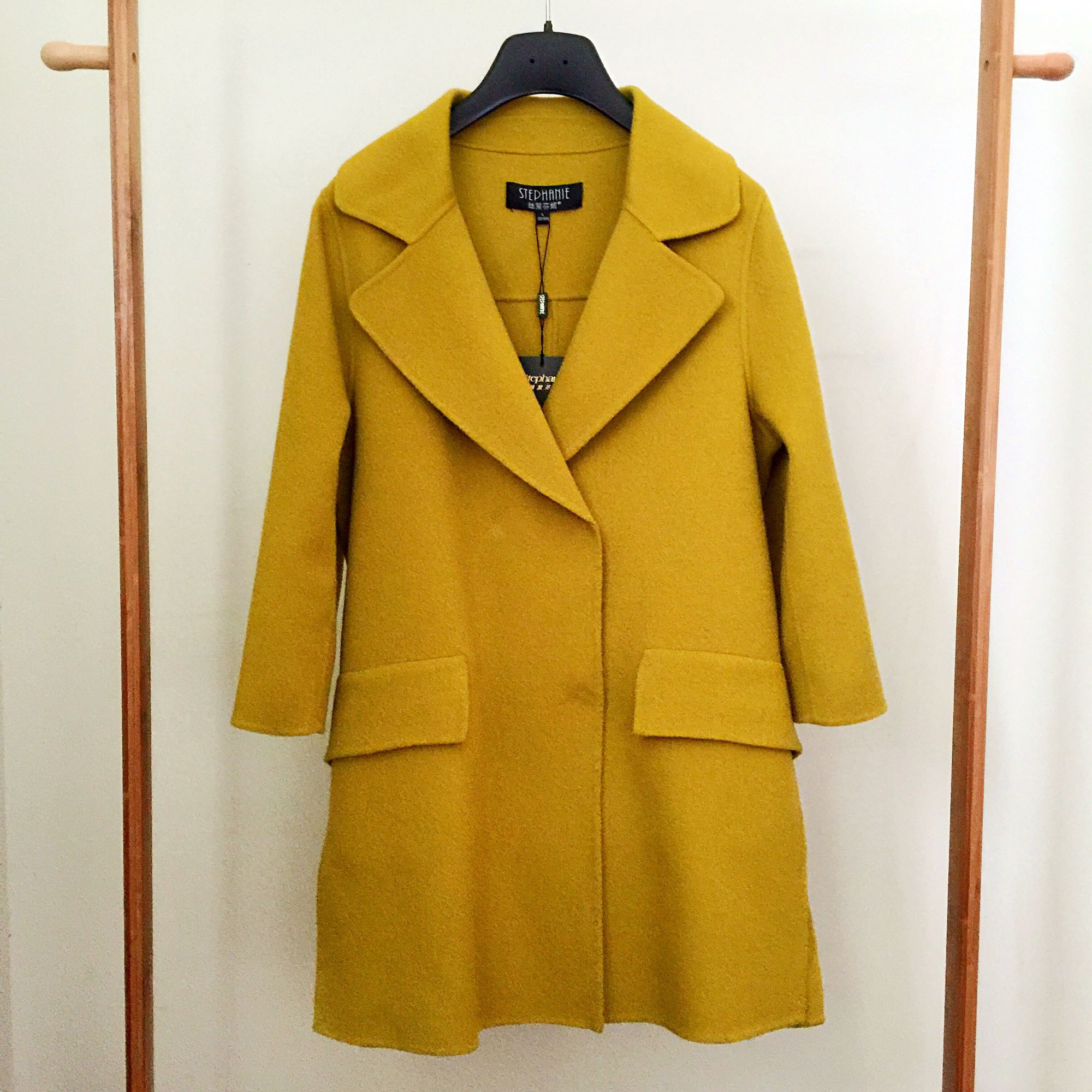 100% wool double faced warm autumn fragrant yellow suit collar design for womens woolen overcoat