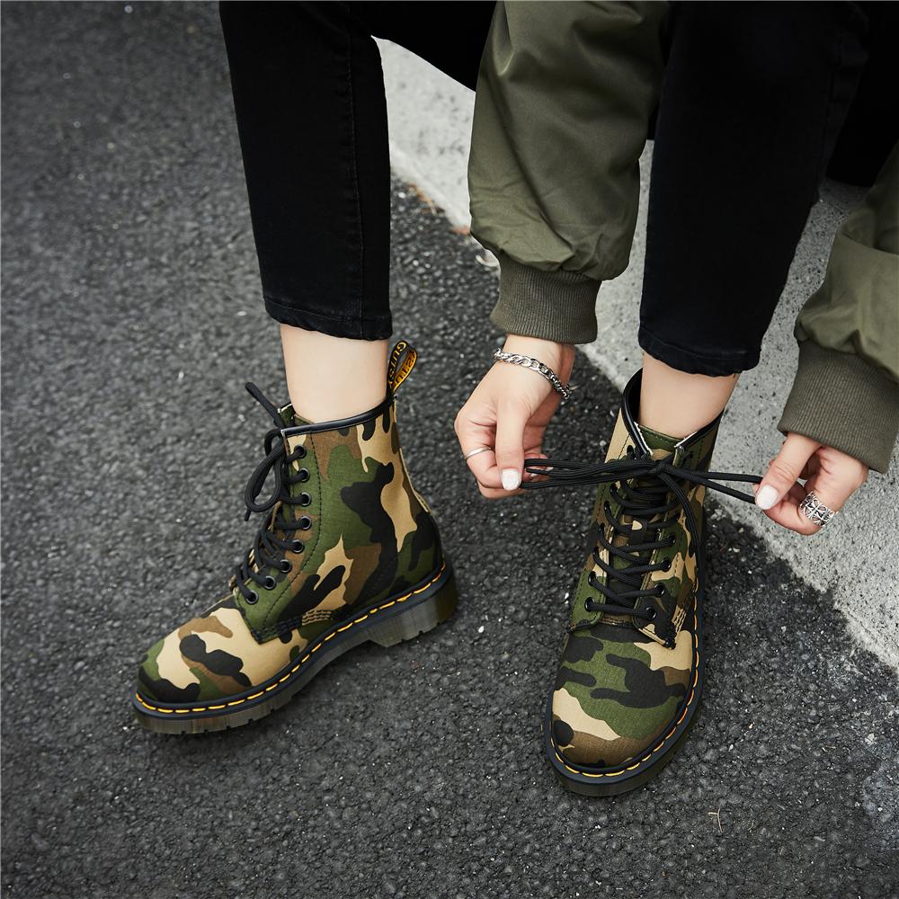 夏季透气英伦8孔2020新款牛仔帆布迷彩潮风鞋女男网红短靴马丁靴