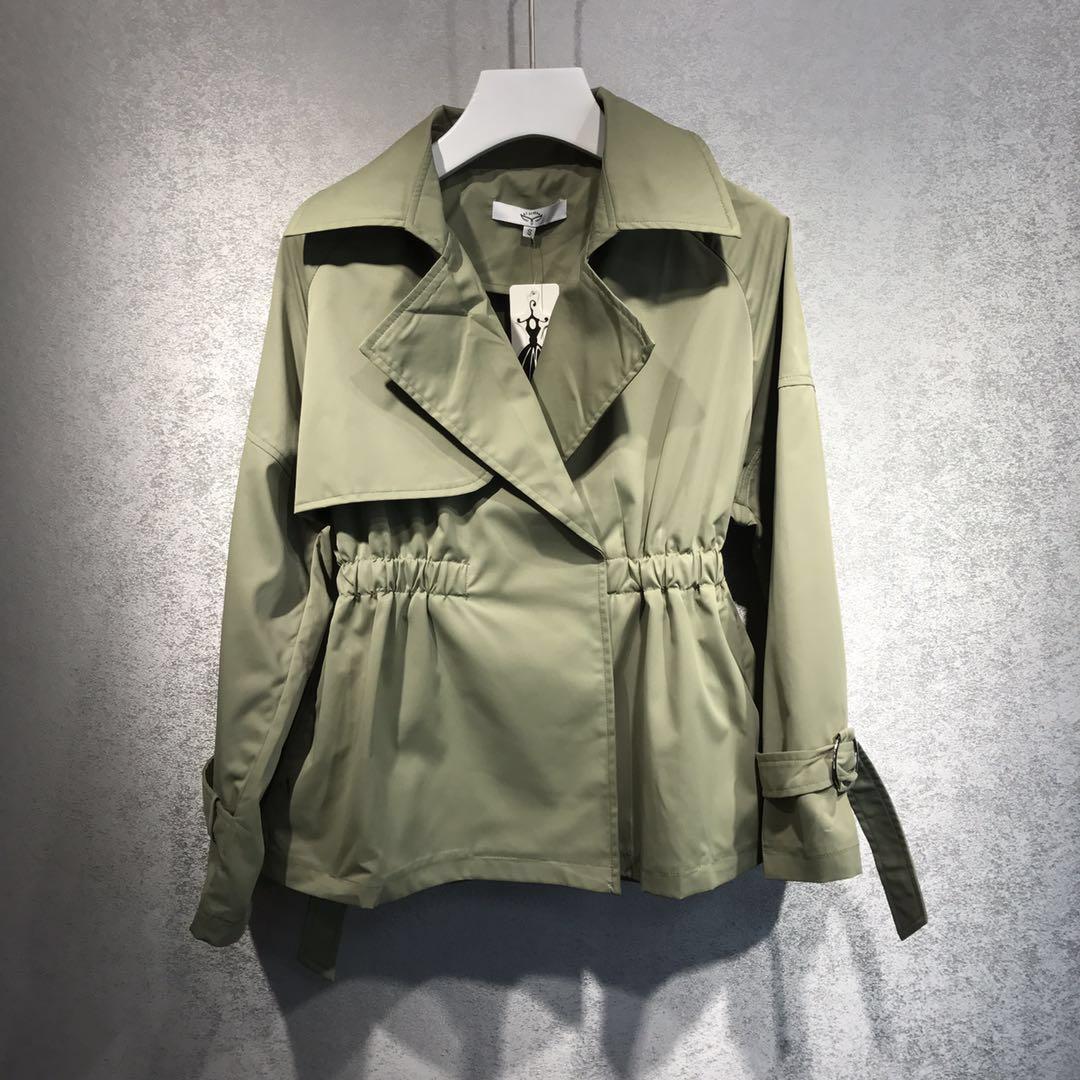 �色收腰短�L衣外套S1116