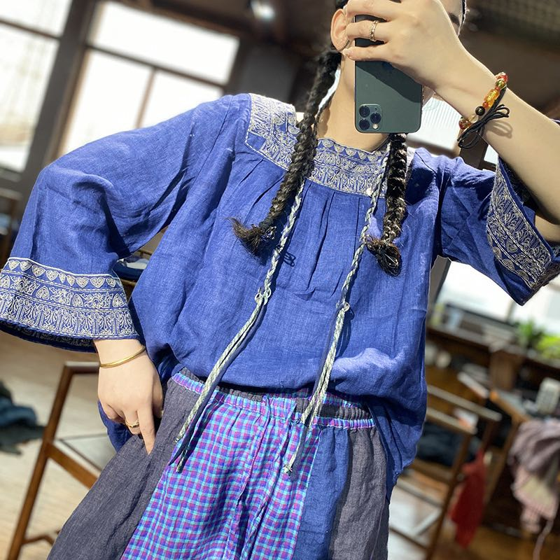 Spring 2020 womens Bohemian embroidered linen thin top womens Retro national loose short shirt