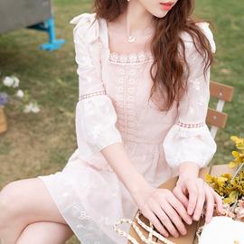 ATAR小香风方领绣花雪纺连衣裙夏季贵夫人时尚收腰显瘦气质七分袖