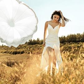 【白小仙】2020夏季新款简约吊带旅拍轻婚纱户外草坪婚礼新娘礼服