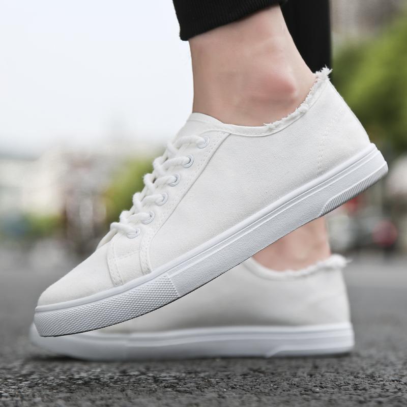 夏季男士帆布鞋�n版潮流百搭板鞋休�e小白潮鞋白色布鞋透�饽行�子
