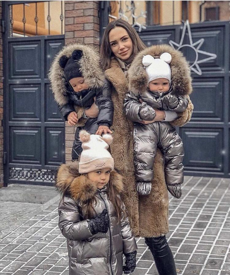 Winter European and American boys and girls Jumpsuit baby down jacket middle school childrens outdoor childrens Jumpsuit thickening
