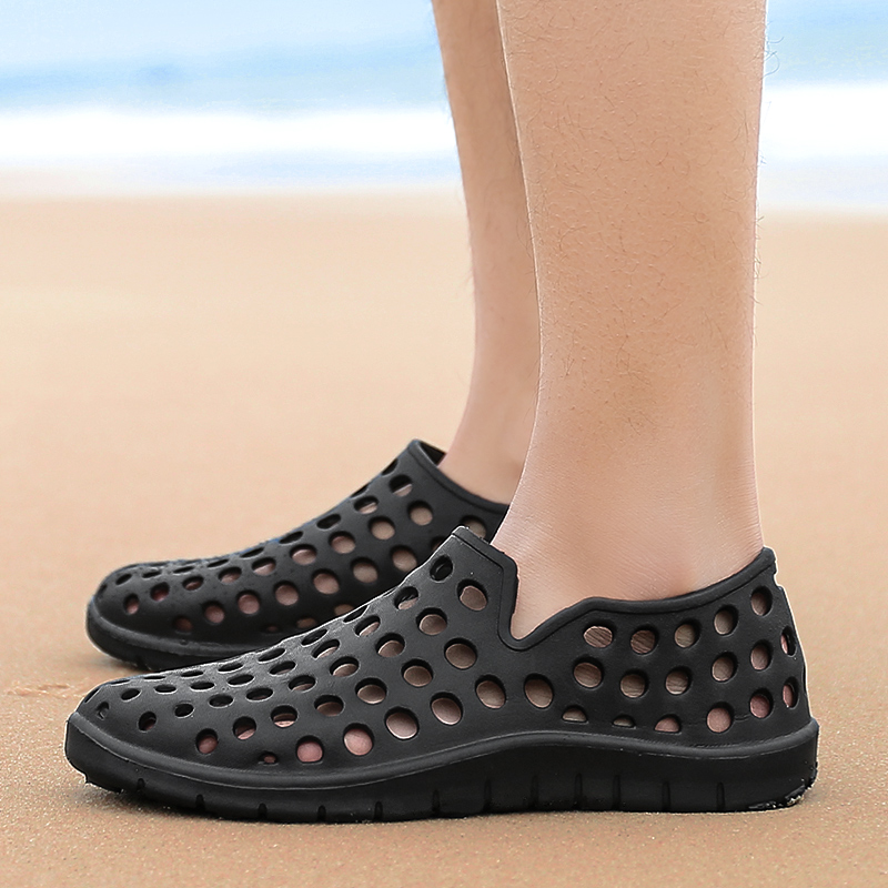 Summer breathable womens shoes Baotou beach net shoes plastic sandals plastic slippers young peoples shoes with holes