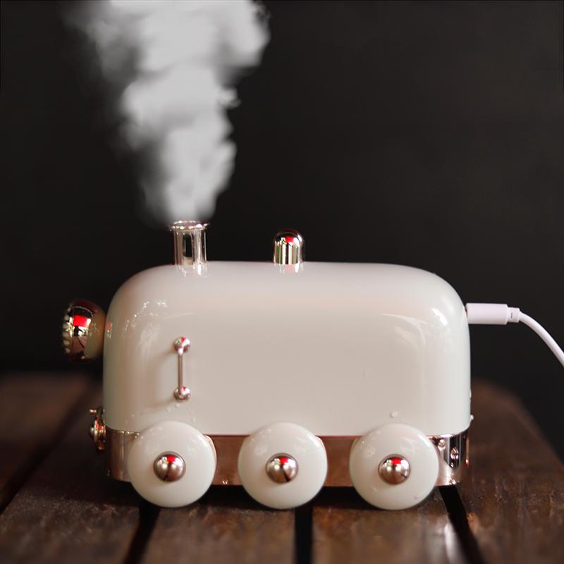 复古小火车加湿器usb五一劳动节礼物迷你空调房补水喷雾家用静音
