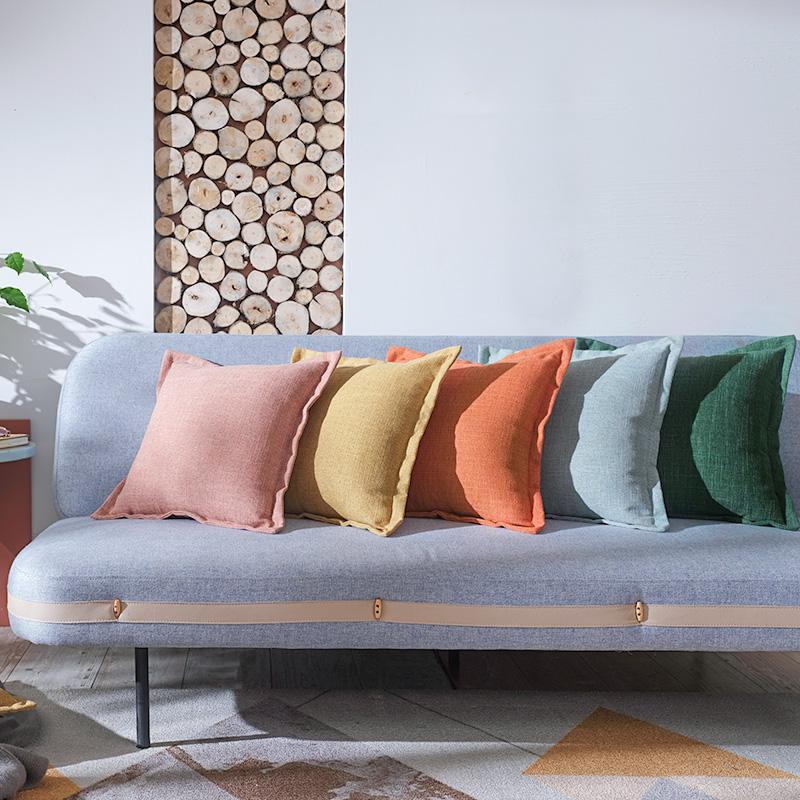 綿麻北欧現代は簡単で、長い抱き枕リネンカスタムソファベットの上の長方形の大きさのクッションを取り外すことができます。