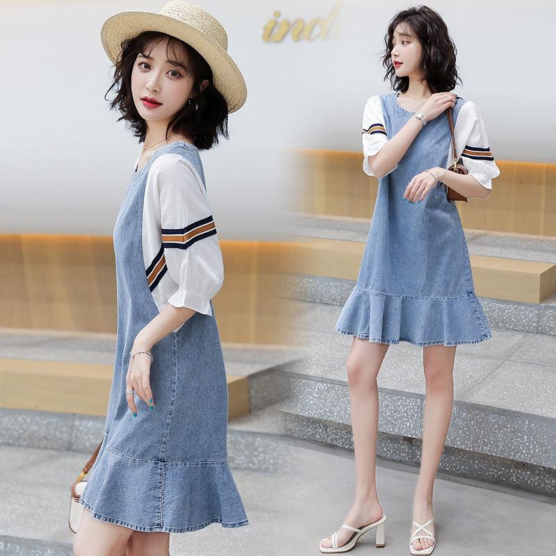 宽松休闲连衣裙女2021春夏季新款女装牛仔拼接显瘦荷叶边气质裙子