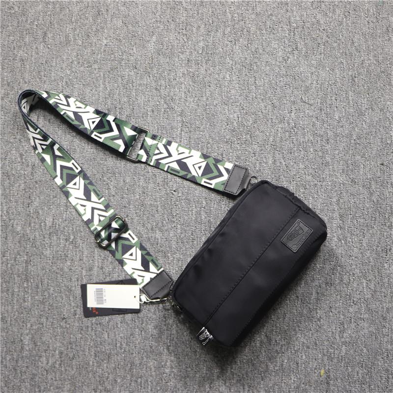 threebox韩版潮流条纹彩带单肩包