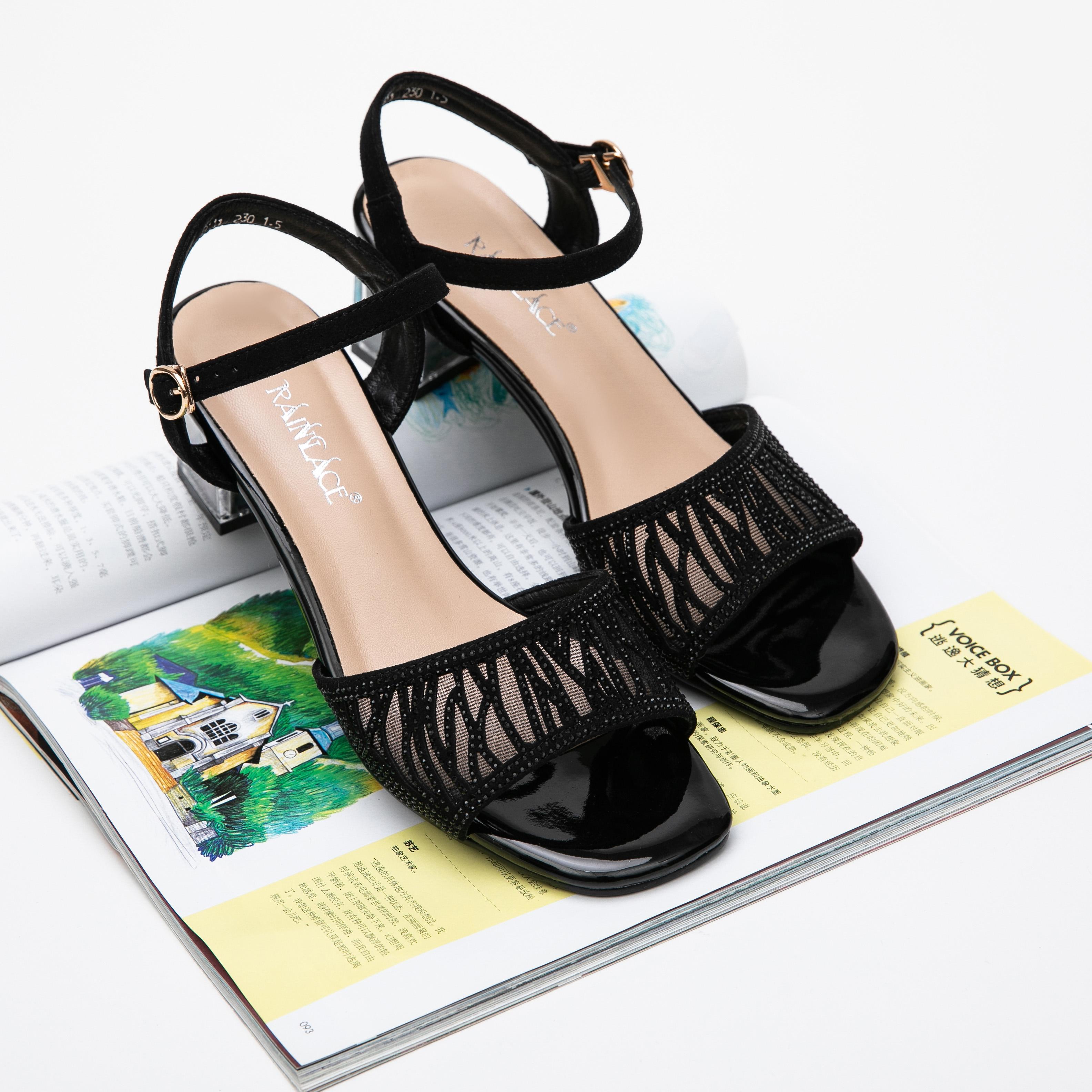 女士凉鞋2021 爆款 时尚 包邮 镶钻 镂空 中跟 百搭