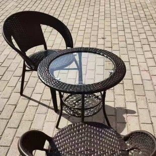 阳台小茶几圆形简易小户型小圆桌钢化玻璃小圆桌子藤编休闲椅套装图片