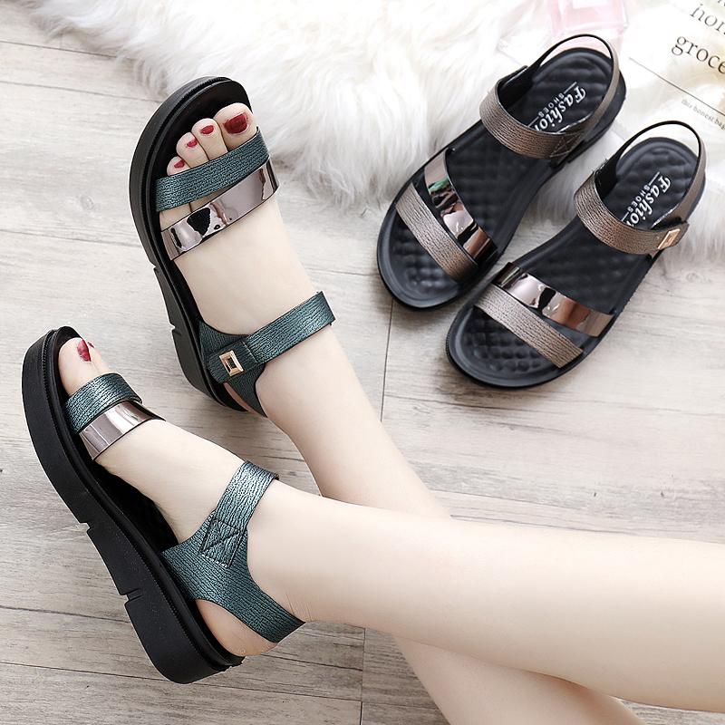 2019新款女士妈妈鞋凉鞋子夏季中年中跟时尚中老年人女鞋百搭平底
