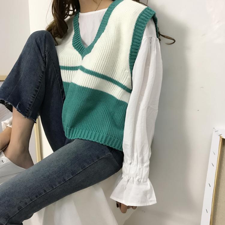 學院風秋季新款套頭馬甲背心女原宿毛衣復古V領寬鬆短款毛針織衫