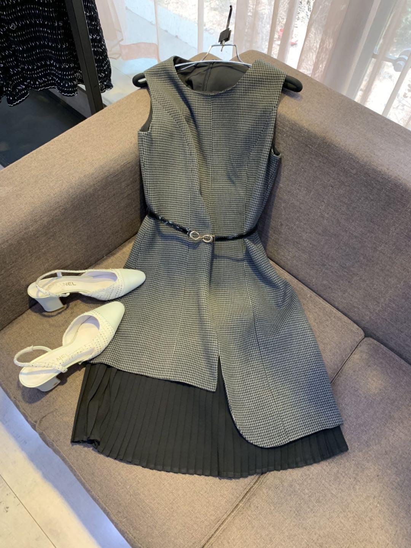 VANLU定制精品 大气不对称格子百褶收腰系带无袖中长款连衣裙