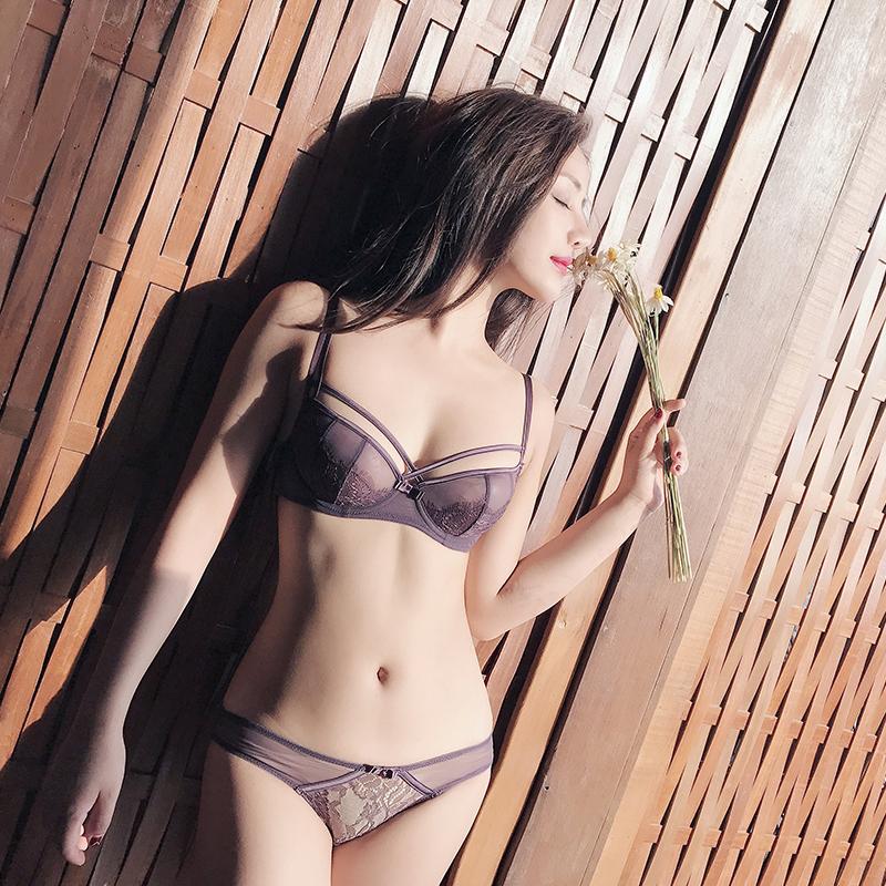 安娜蜜语新品性感蕾丝无海绵超薄舒适透明内衣交叉带半杯文胸套装