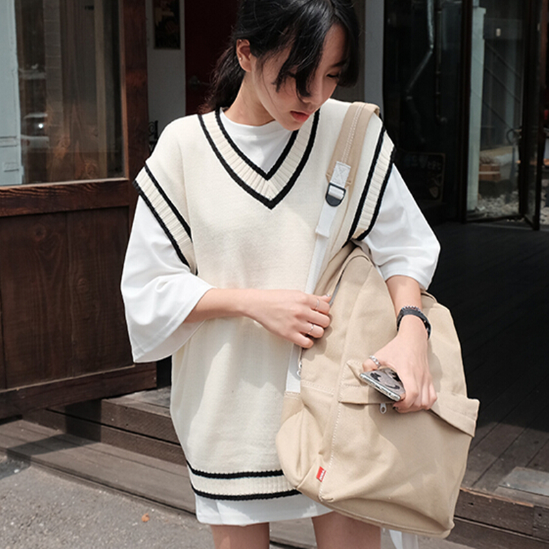 Autumn and winter new Korean School style sleeveless sweater womens Vest loose Pullover fit V-Neck Sweater Ma Jiachao