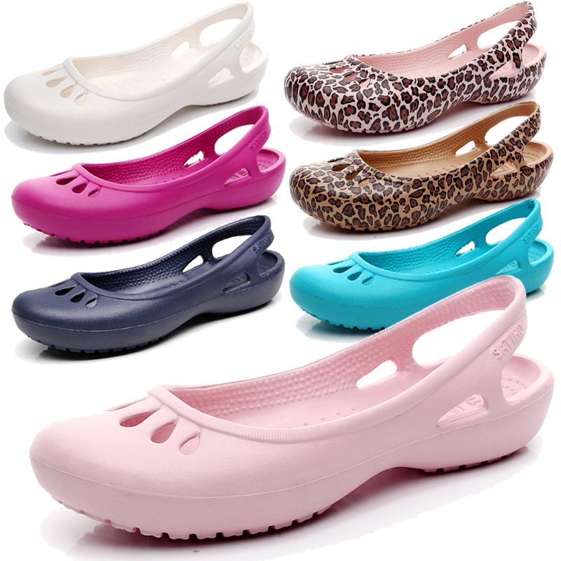 2019轻便防滑夏季洞洞鞋女平底凉鞋护士鞋户外包头大码果冻沙滩鞋