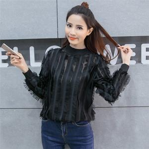 秋季韩版名媛镂空白色羽毛蕾丝打底衫雪纺套头长袖短款流苏上衣女
