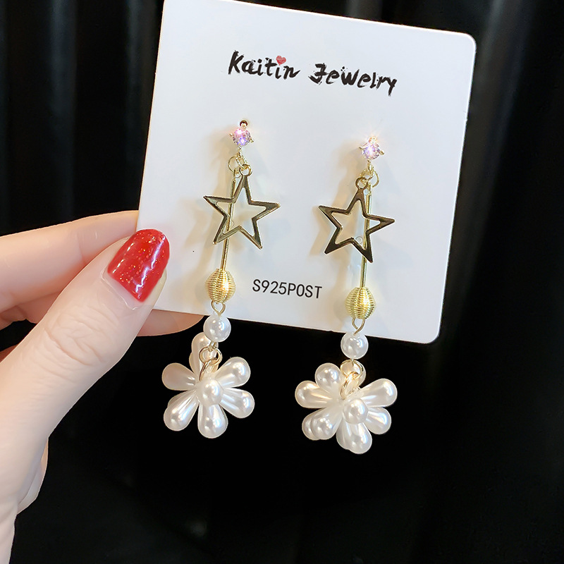Long Star Pendant Earrings S925 silver needle simple temperament cool style earrings personality fashion net red Earrings