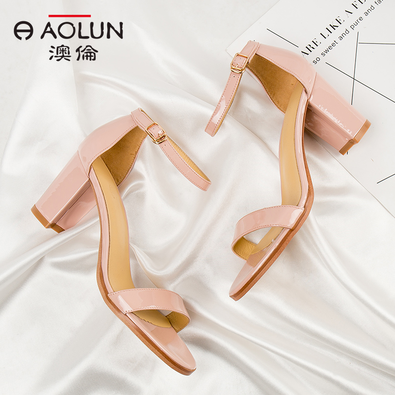 Aolun sandals womens summer 2018 new thick heel cow patent leather one word buckle ankle strap fashion personality ROMAN SANDALS