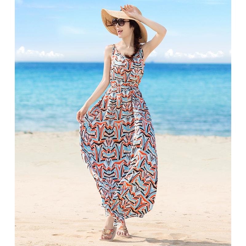 2019新款三亚沙滩长裙泰国波西米亚女海边度假雪纺碎花吊带连衣裙