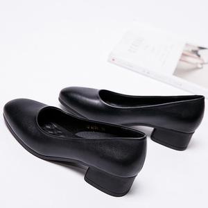方头粗跟单鞋中跟职业黑色工作皮鞋