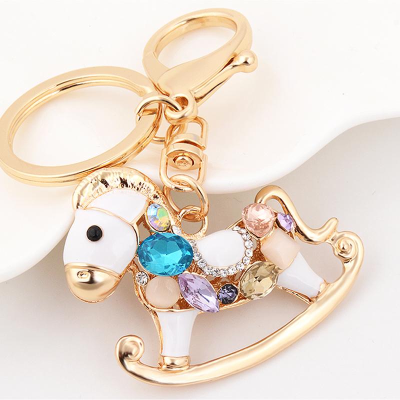 伊思雅汽车钥匙扣韩国可爱卡通木马水晶情侣创意女钥匙链包包挂件