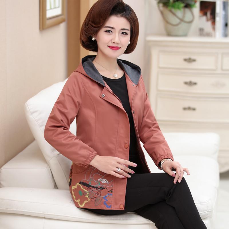 中老年女装春装50-60-70岁奶奶长袖上衣女妈妈装秋装外套连帽夹克