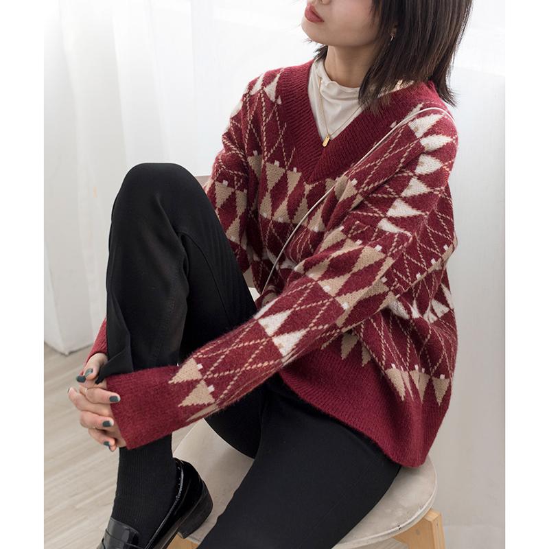 春款韩版少女甜美菱纹v领毛衣 宽松有垂感展现叠搭的层次感