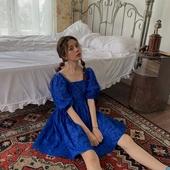 盐缩肌理宫廷风少女法式复古高腰方领泡泡袖连衣裙仙女甜美娃娃裙