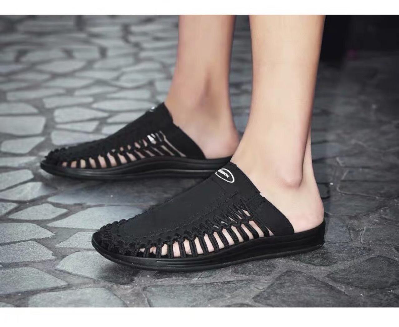 2020 new mens sandals Roman beach slippers hollow sandals hand woven slippers summer mens slippers