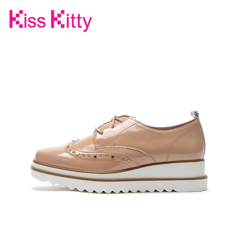 Kiss Kitty2019秋季新款坡跟松糕跟上班百搭布洛克鞋女学院乐福鞋