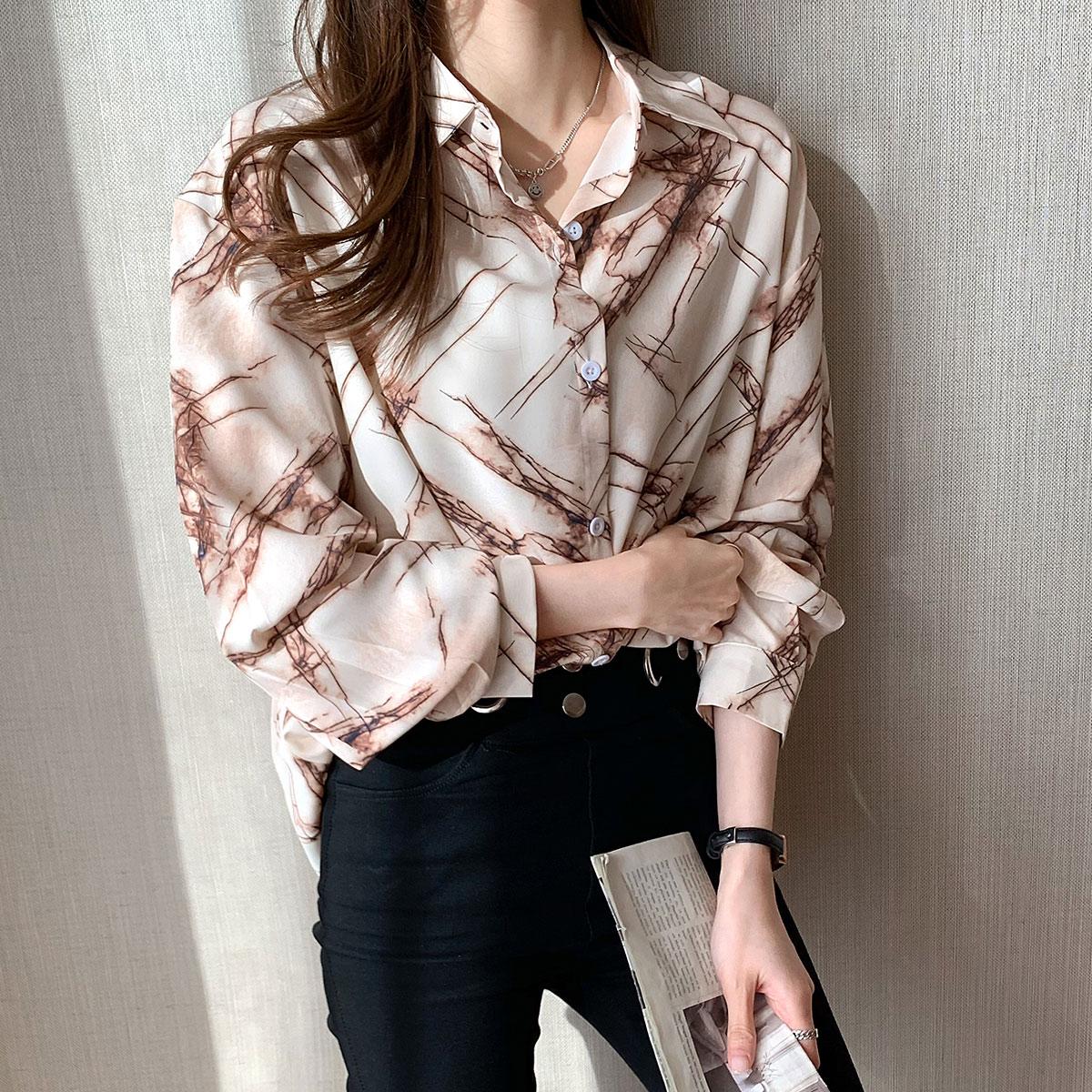 实拍 2021秋季新款韩版个性印花衬衣气质宽松长袖上衣衬衫女
