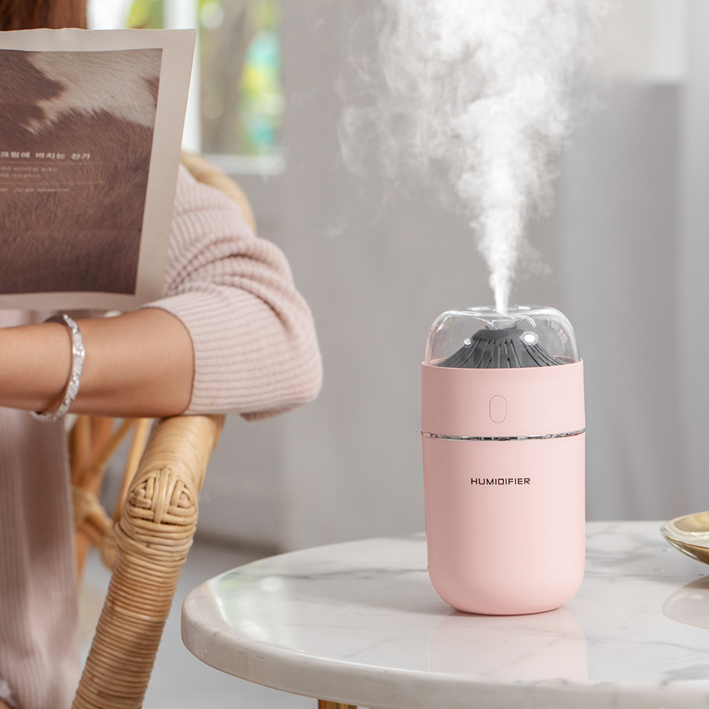 55.00元包邮2019新款小火山家用办公空气加湿器