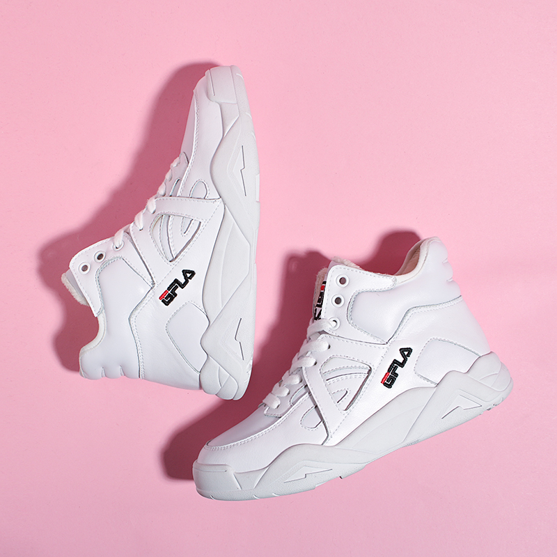 Spring 2020 new cowhide sports gaobang small white shoes students high waist basketball leisure high top shoes women trend