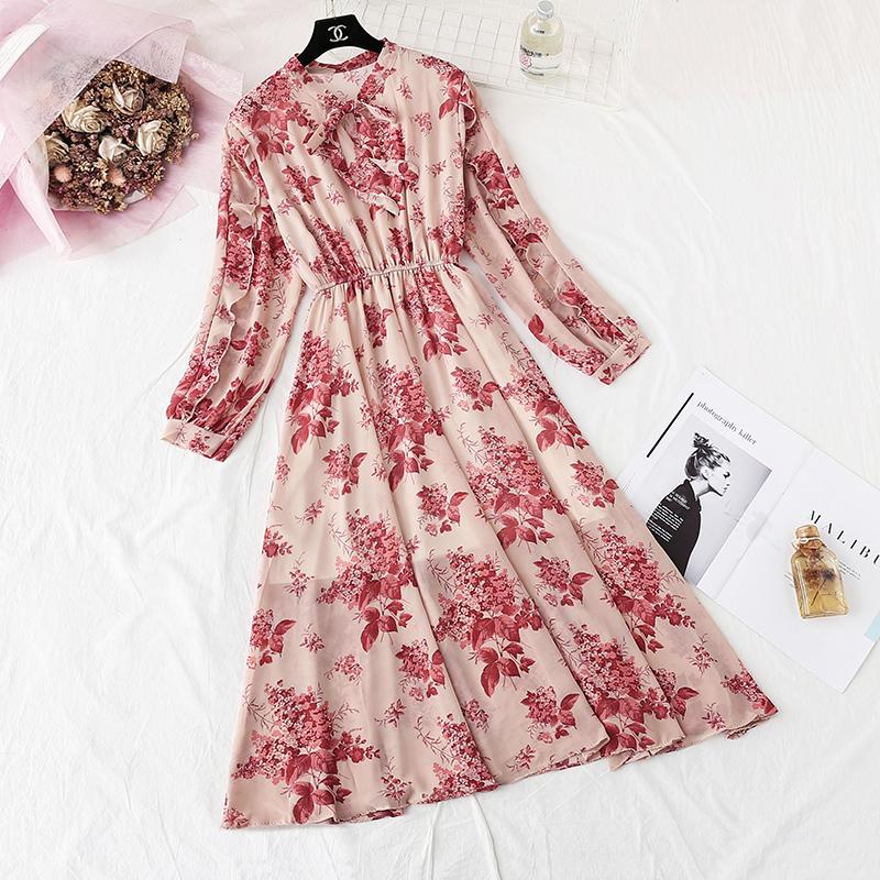 雪纺连衣裙春秋季女装2020年新款法式复古浪漫碎花长袖打底长裙子