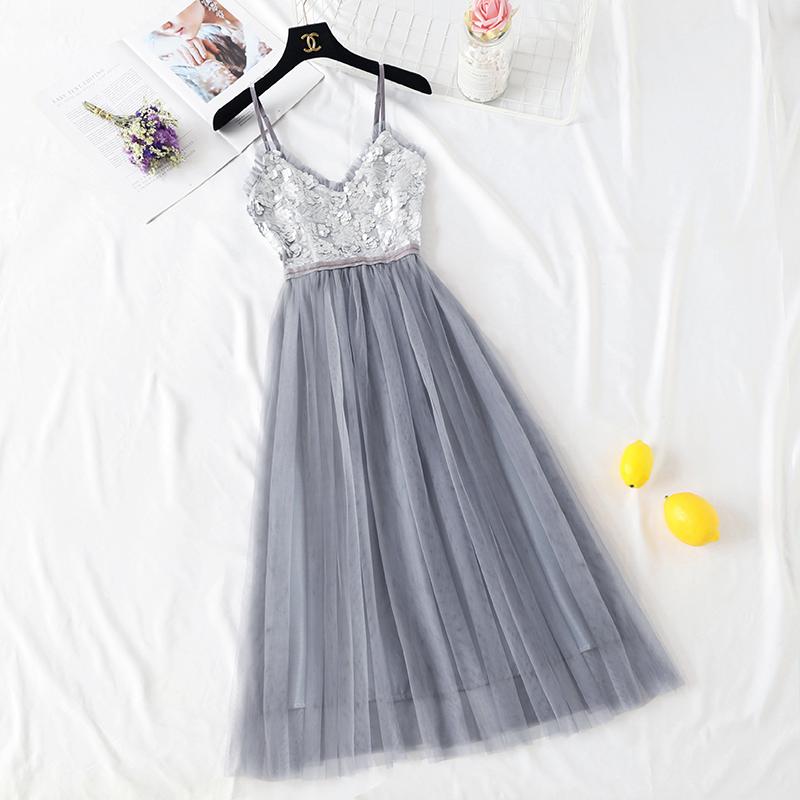 很仙的法国小众吊带连衣裙夏款复古山本过膝超仙森系亮片网纱裙子