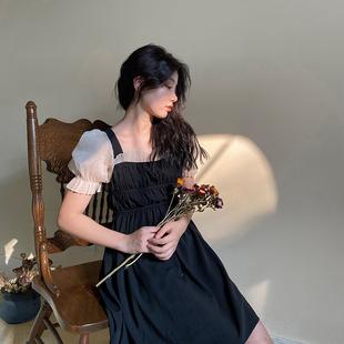 奈看「黑心皇后」法式復古優雅泡泡袖方領高腰宮廷風連衣裙女夏