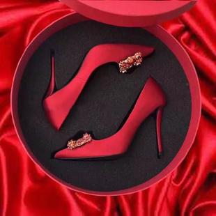平底 水钻方扣尖头高跟鞋 女2020年新款 红色新娘鞋 结婚鞋 细跟婚纱鞋