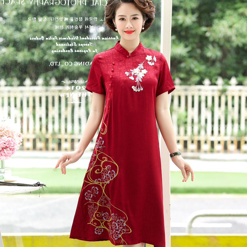 Middle aged and elderly womens Retro embroidered dress stand collar coil buckle short sleeve Jumpsuit red / Green / blue kx0803