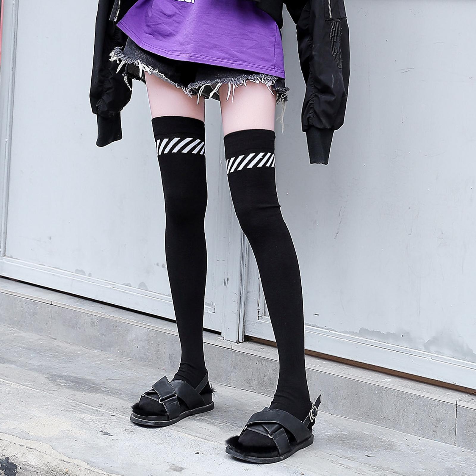 高筒袜女韩国ins潮过膝袜瘦腿日系jk条纹大腿袜黑色秋冬长筒袜子 - 封面