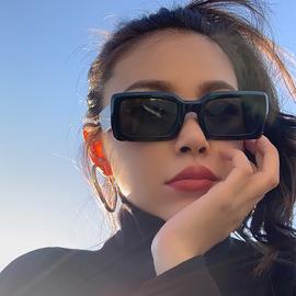 欧美复古墨镜女ins2020年新款韩版潮网红眼镜长方形太阳镜超炫酷图片