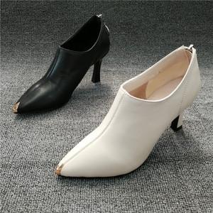 工厂新款断码真皮女鞋尖头高跟优雅气质潮流百搭时尚秋款女踝靴潮